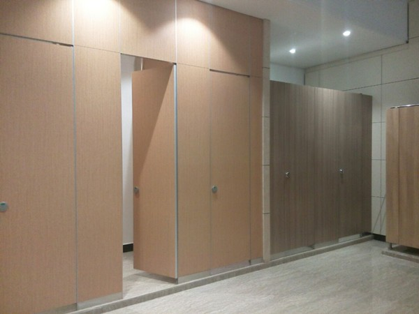 composite board toilet partition.jpg