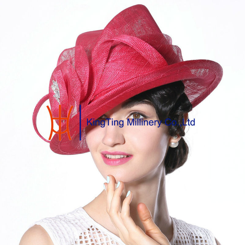 dress suits match hats or dress hats