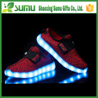 2016 New style colorful running sport fabric led light shoes