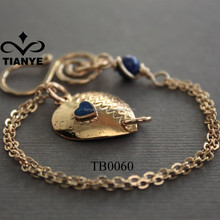 Gold Zinc Alloy Heart Bracelet Jewelry With Blue Beads
