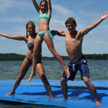 High Quality Outdoor Gym Mat and Floating Water Mat Pool Floats Walk on Swimming Pool Floating Mat