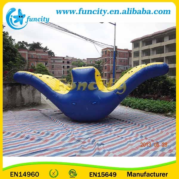 Water Park Game Inflatable Water Revolution / Water Totter In 7 Years Lifespan