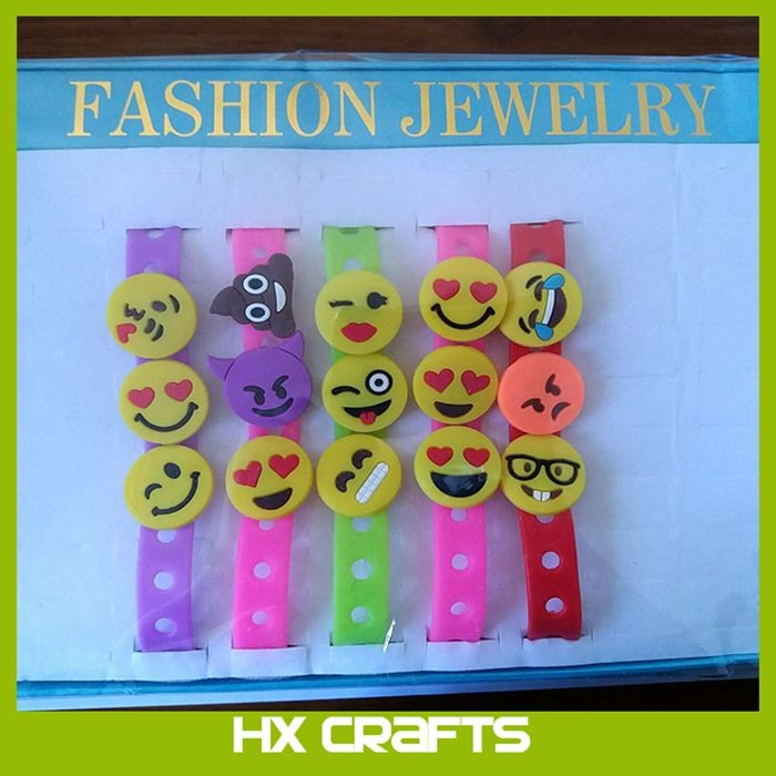 2017 new hot sell High quality silicone hole cross bracelet with emotion charm