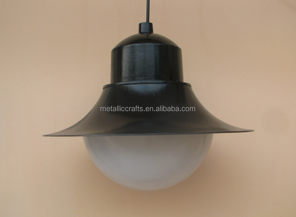 Cast Aluminum solid Lamp Holder with shatter-proof PC lamp-chimney
