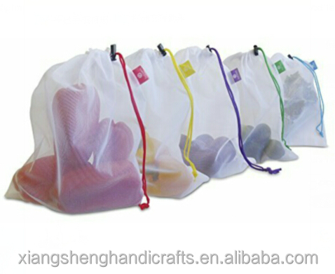 Vegetables and fruits mesh reusable produce bags