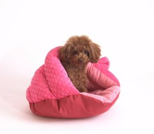 High Quality Cozy Cuddle Cave Pink Pet Bed Small Dog Bed
