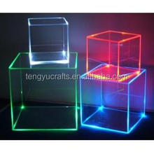 Tengyu plexiglass lucite perspex clear square display box led illuminated thick Acrylic cube with light