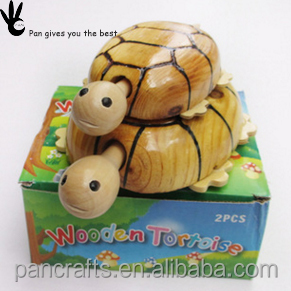 China educational and safe fun small animal car turtle modelling wooden toy
