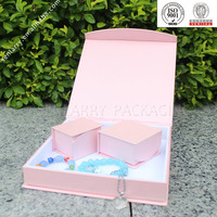 Fashionable and unique jewelry gift packaging box with velvet or foam