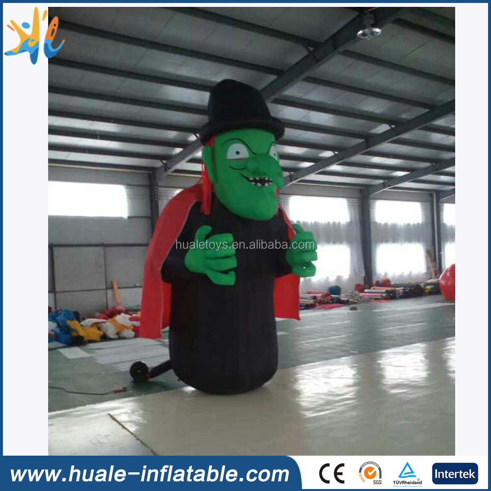Giant inflatable witch model for Halloween decoration