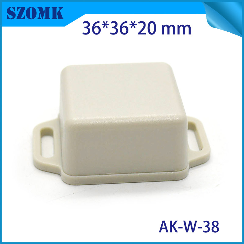 high quality hot selling small plastic boxes for electronic device Black color gps case for design