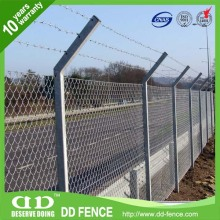 security New design pvc coated 5 feet chain link fence for wholesales