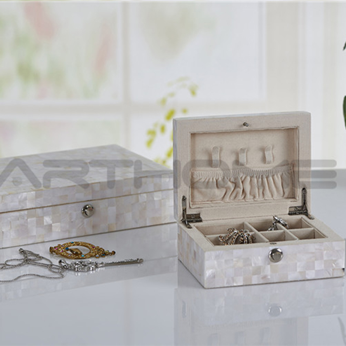 Elegant Shape Showy Jewelry Box Hardware Hook