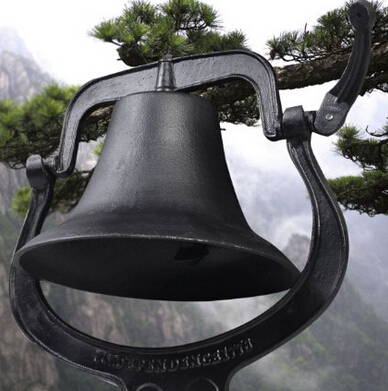 Outdoor Church School Antique Vintage Style Large Cast Iron Dinner Farm Bell