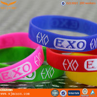 favorable and fashion style silicone wrist band