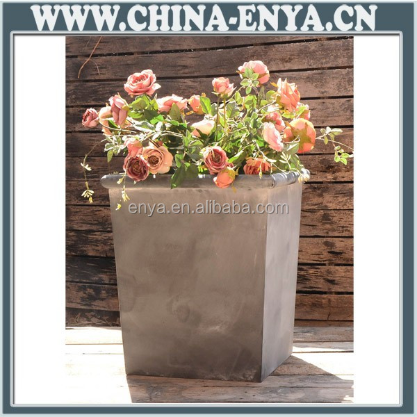 Factory Direct Zinc Finish Garden Planter Box Supply