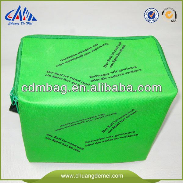 European Standard Promotional Cheap Flexible Food Grade round ice printed picnic shoulder bottle cooler bags