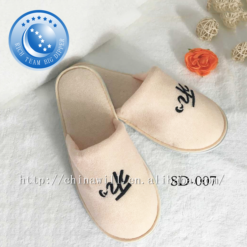 Promotional comfortable summer girls disposable slipper