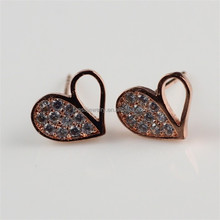 Heart Shape 18K Rose Golden Latest Diamond Ladies Earring Designs Pictures