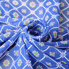 New style soft chiffon plaid flower fabric heat resistant printed dress materials