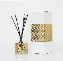 Home Air Freshener Use Reed Diffuser With Glass Bottle In Gold Laser Cut Paper For Gift Set