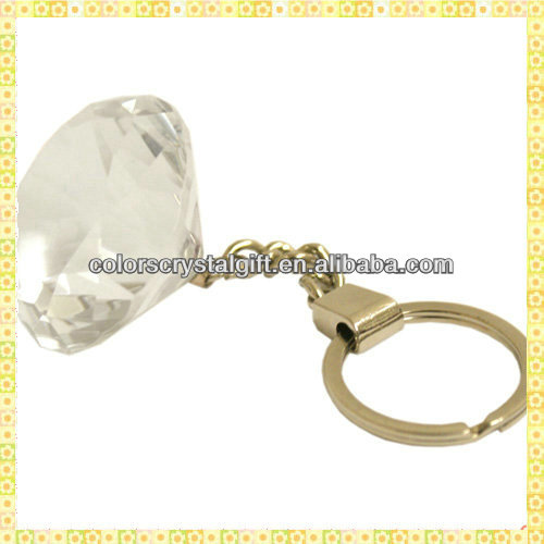 Wholesale Exquisite Diamond Crystal Chinese Wedding Keychain Gifts For Guest Takeaway Souvenirs