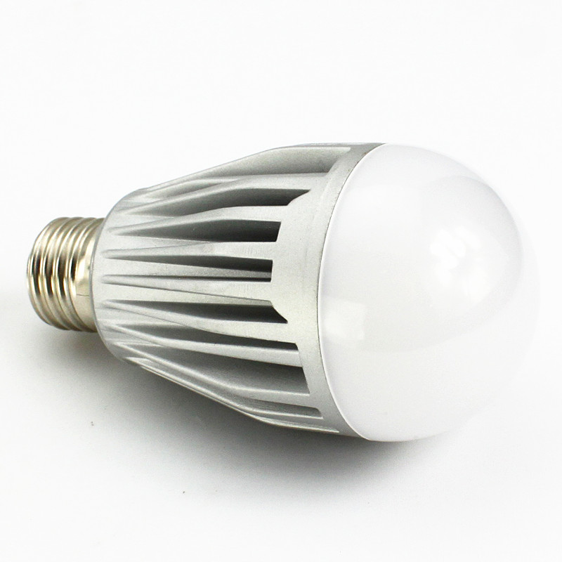 CE TUV 230V dimmable warm white E27 Led Bulb 10W