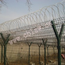 Highest Quality Razor Mesh Fence With Y Fence Post