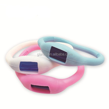 2017 summer promotion fashion design indoor glow mosquito repellent bracelet