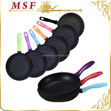 2015 simple forged aluminum non-stick frying pan with colorful handles