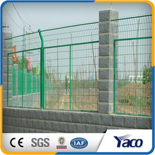 China manufacture best price decorative framework fence inserts