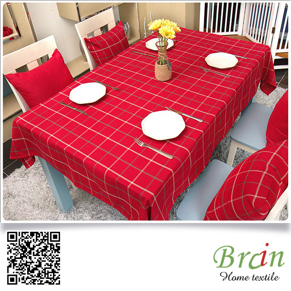 Custom Design OEM British Style Red Green Color Jacquard Table Cloth For Wedding