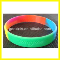 2013 hottest segment colors silicone arm bands with compang logo
