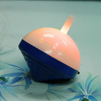 Plastic cheap spinning top, multi color led light