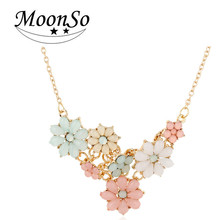 Wholesale new fashion European short sweet candy-colored flower <strong>necklace</strong> for women girl MOONSO AX5672
