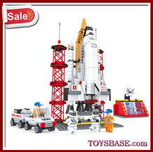 Plastic building block construction toys for adults