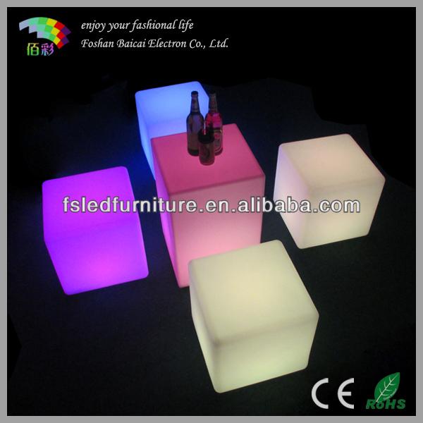 Flashing LED U003cstrongu003ecubeu003c/strongu003e Table /u003cstrongu003eLight