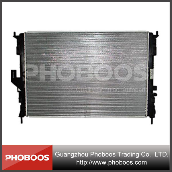 Renault Parts Automatic Radiator for Dacia Logan 8200735039