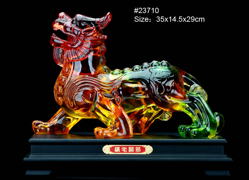 Chinese promotional gift items crystal resin fengshui fish statues