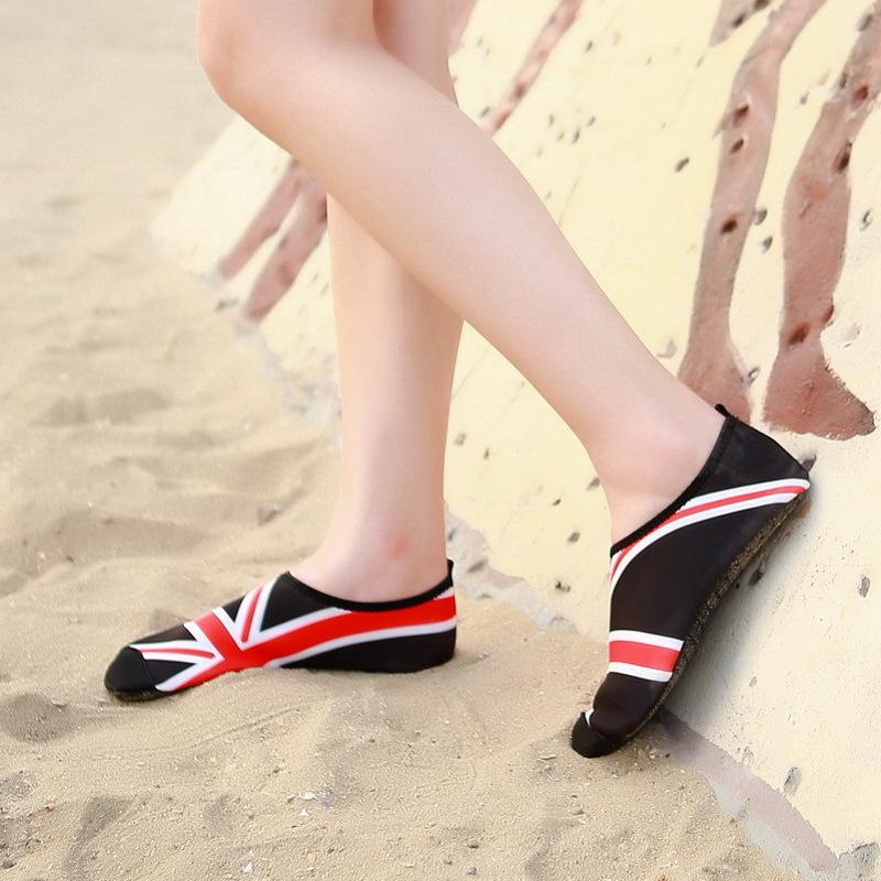 3D color shoes (3).jpg