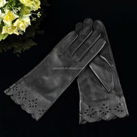 New design, elegant hollow lace wrist sheepskin ladies leather gloves women gloves SL-EW252