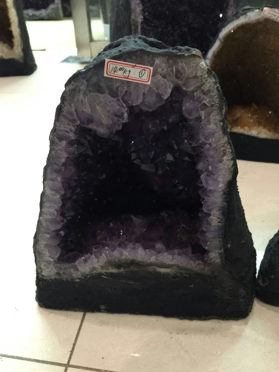 Natural amethyst geode.purple quartz rock crystal druze for decoration or gift