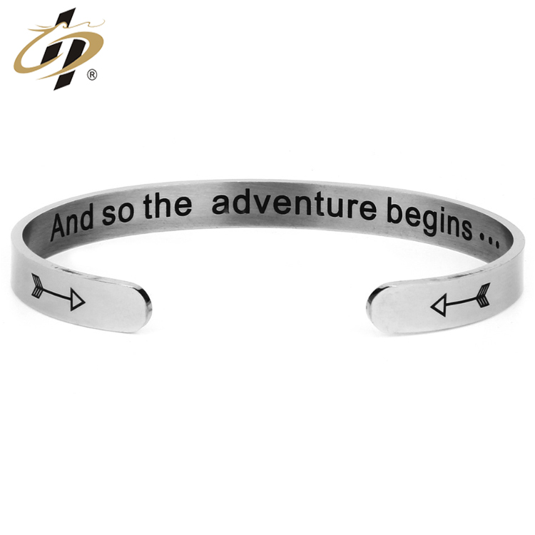 Bulk item wholesale stainless steel metal bracelets bangles for men