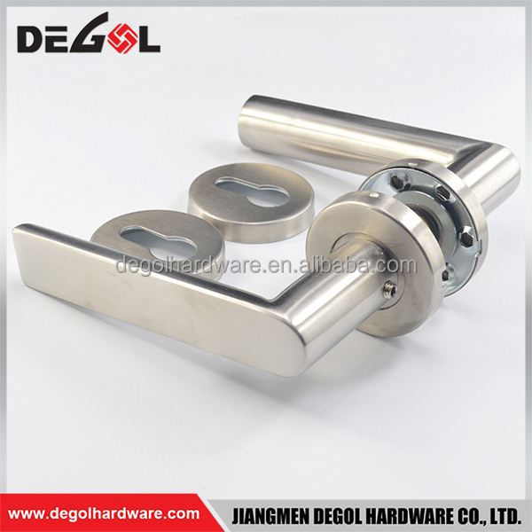 China manufacturer stainless steel tube hand made galvanized wrought iron door handle