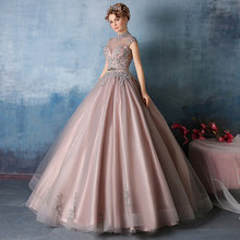 2017Luxury Ball Gown Gowns Lace Appliques Evening Dress Fashion