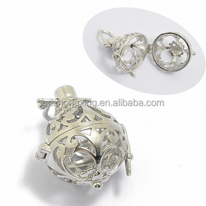 Wholesale Jewelry 30*19mm Silver Oval Shaped Cage Ball Pendant