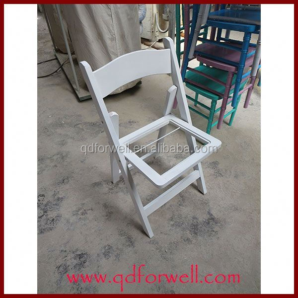 Wholesale Outdoor White Wooden Used Folding Chairs For Sale For Various Venue