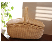 Rattan Handmade Hand Basket With Cover Picnic Basket For Outdoor Family Travel