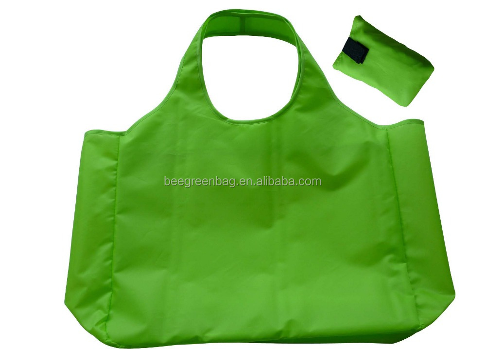 Customized Polyester/nylon fabric folding bag for shopping with small magic paste pouch