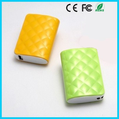 Custom pineapple 5200mAh power bank external battery charger for any phone